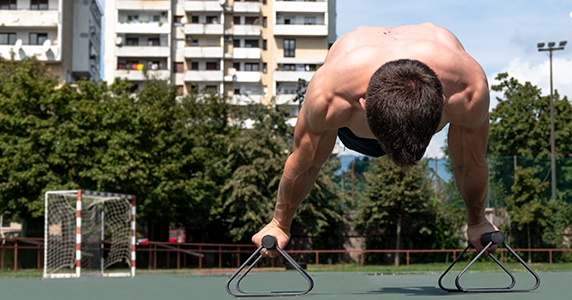 Top 5 Advanced Calisthenics Exercises Anybody Can Learn